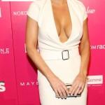 Jenny McCarthy braless