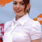 Anne Hathaway pokies