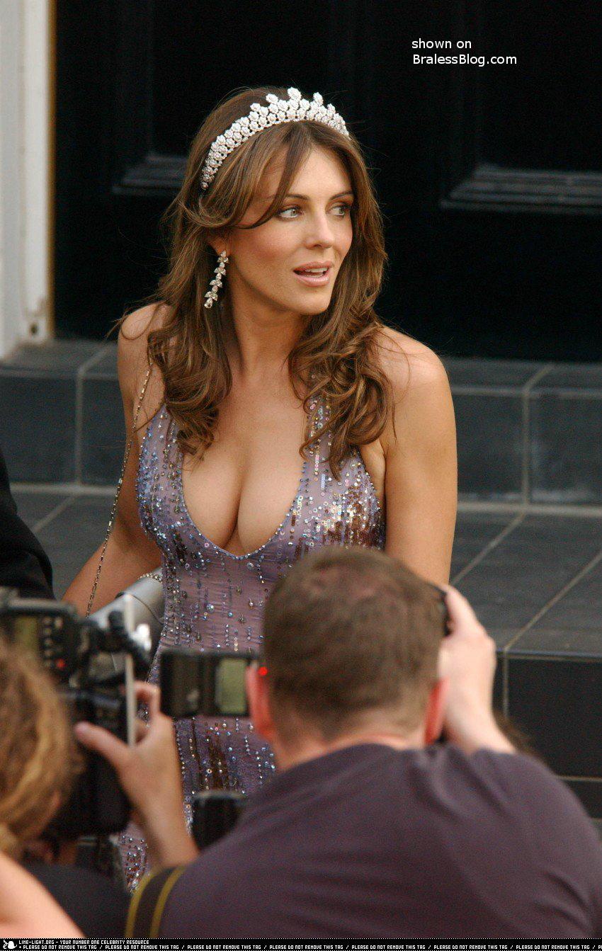 liz hurley boobies