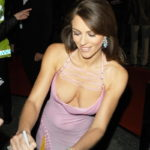 Liz Hurley downblouse 1
